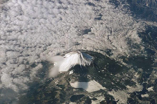Mount_Fuji_from_space