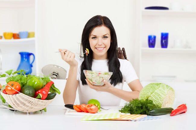 Chế độ dinh dưỡng hợp lý, lành mạnh cho chị em khi tập các bài tập Kegel